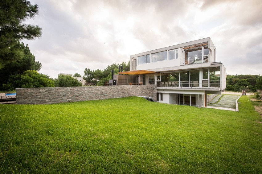 KVS House by Estudio Galera 13