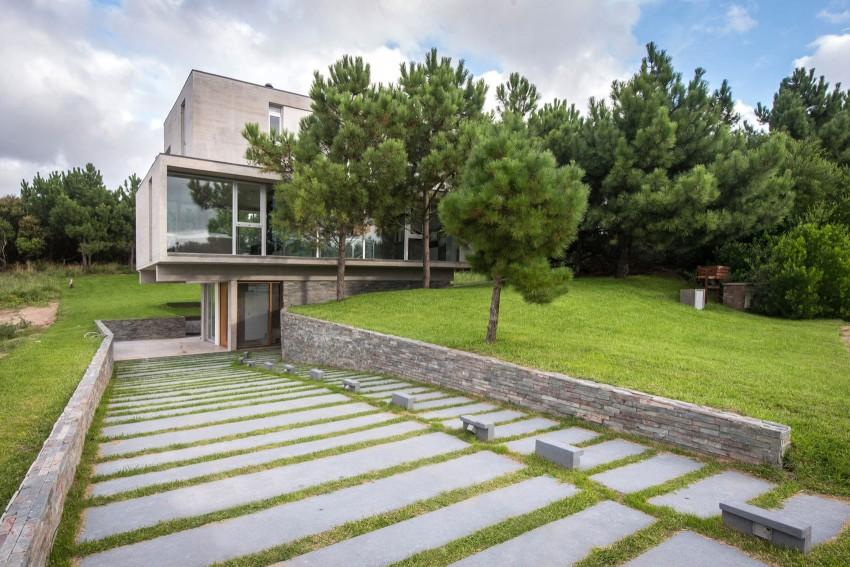 KVS House by Estudio Galera 14