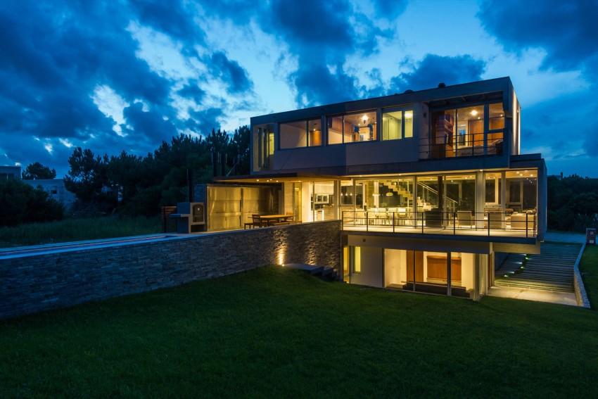 KVS House by Estudio Galera 18