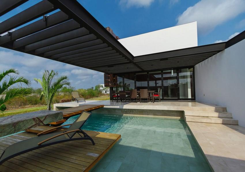 PL2 House by Seijo Peon Arquitectos y Asociados 04