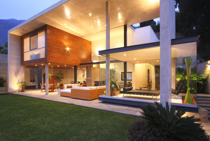 S House by Domenack Arquitectos 01