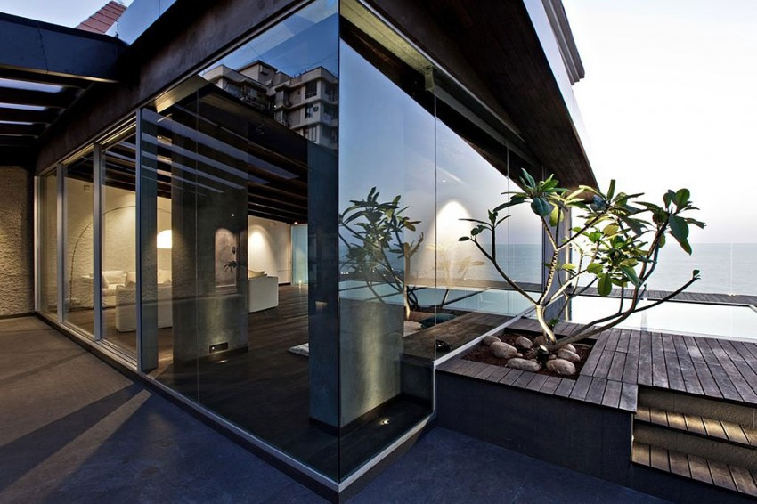 Villa in the sky by Abraham John Architects 01