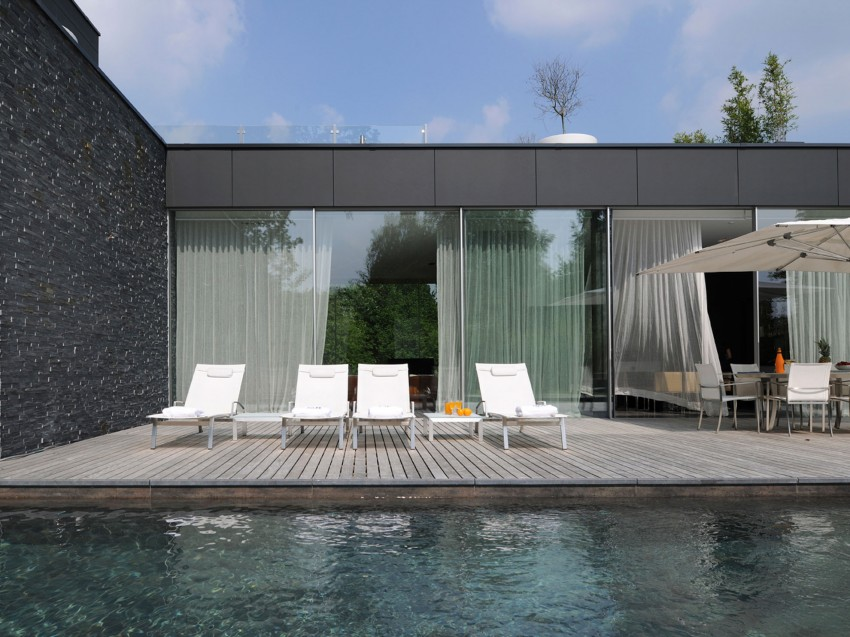 An Architectural Jewel in Uccle 04
