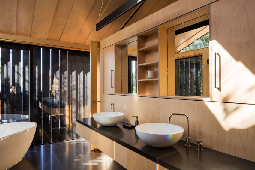Boatsheds by Strachan Group Architects & Rachael Rush 15