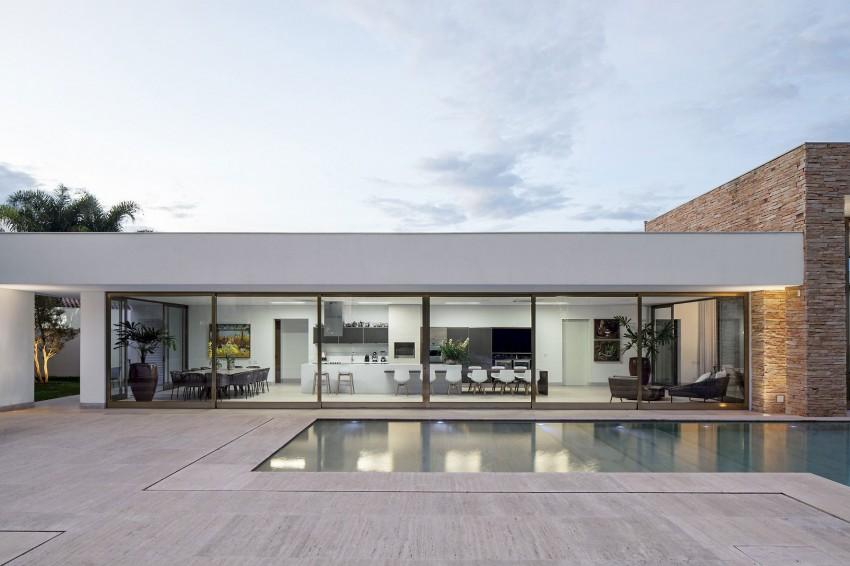 Casa TB by Aguirre Arquitetura 01