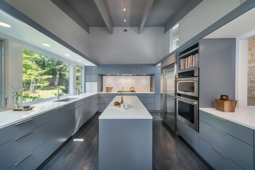 Mid-Century Modern in Lincoln by Flavin Architects 04
