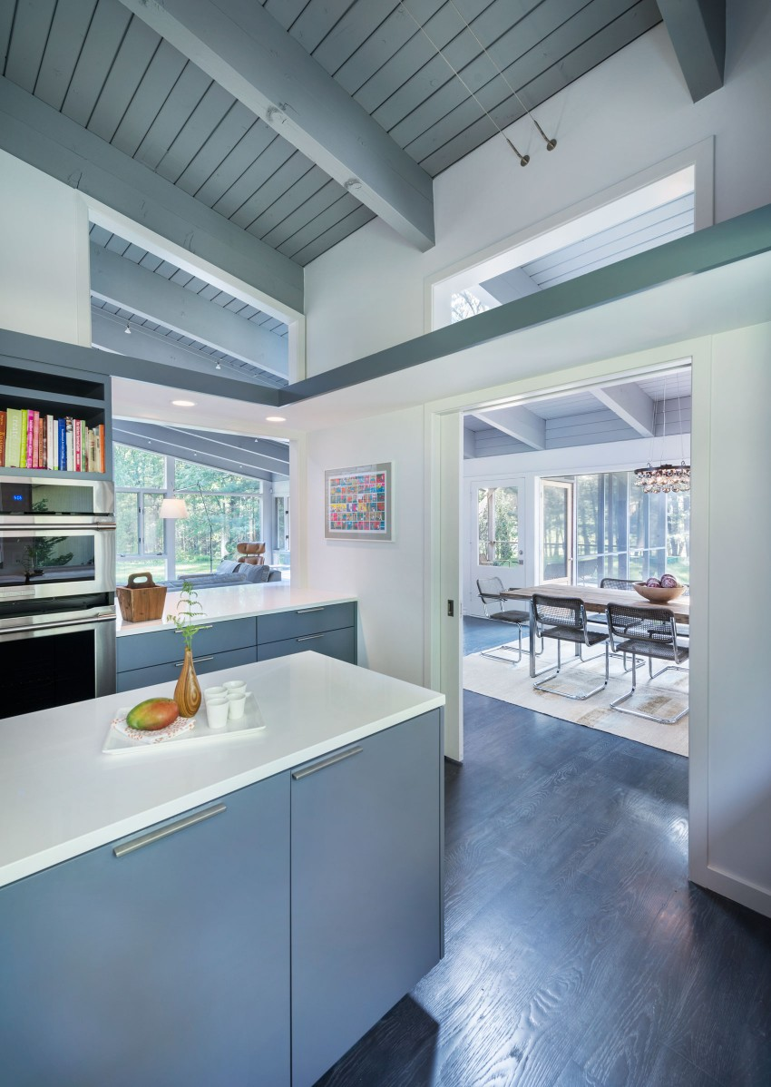 Mid-Century Modern in Lincoln by Flavin Architects 09