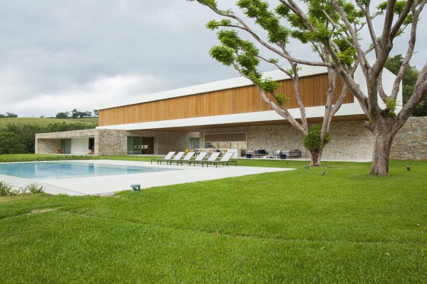 Residencia Itatiba by RoccoVidal P+W 01