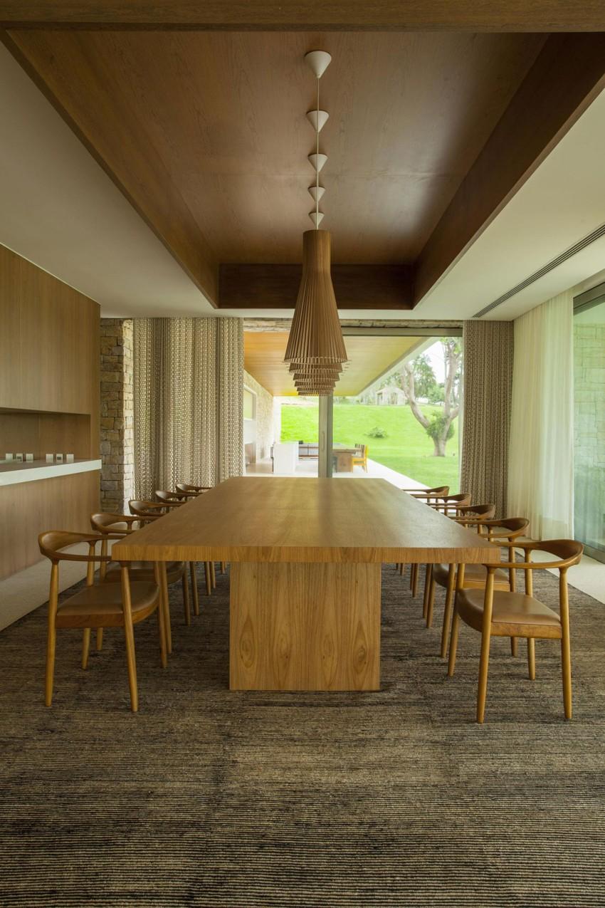 Residencia Itatiba by RoccoVidal P+W 12