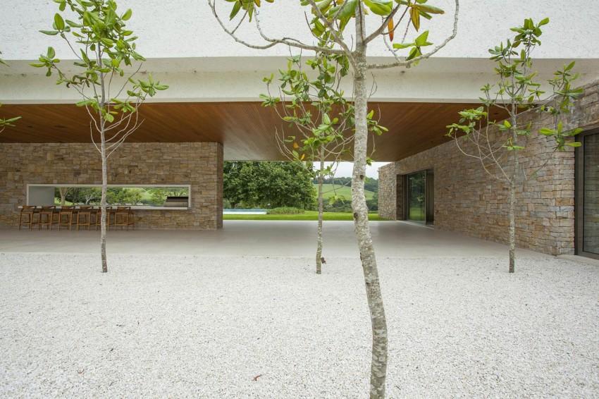 Residencia Itatiba by RoccoVidal P+W 18