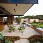 Toro Canyon House by Bestor Architecture 01