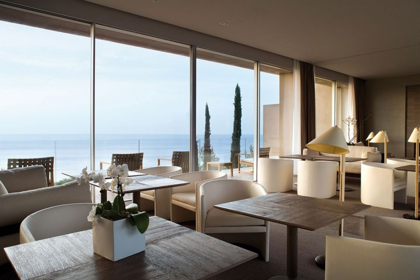 Hotel La Réserve by Jean-Michel Wilmotte 16