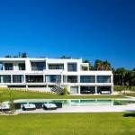 Modern Algarve Villa by Staffan Tollgard Design Group 01