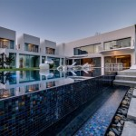 Unique Contemporary Villa by Nestor Sandbank 02
