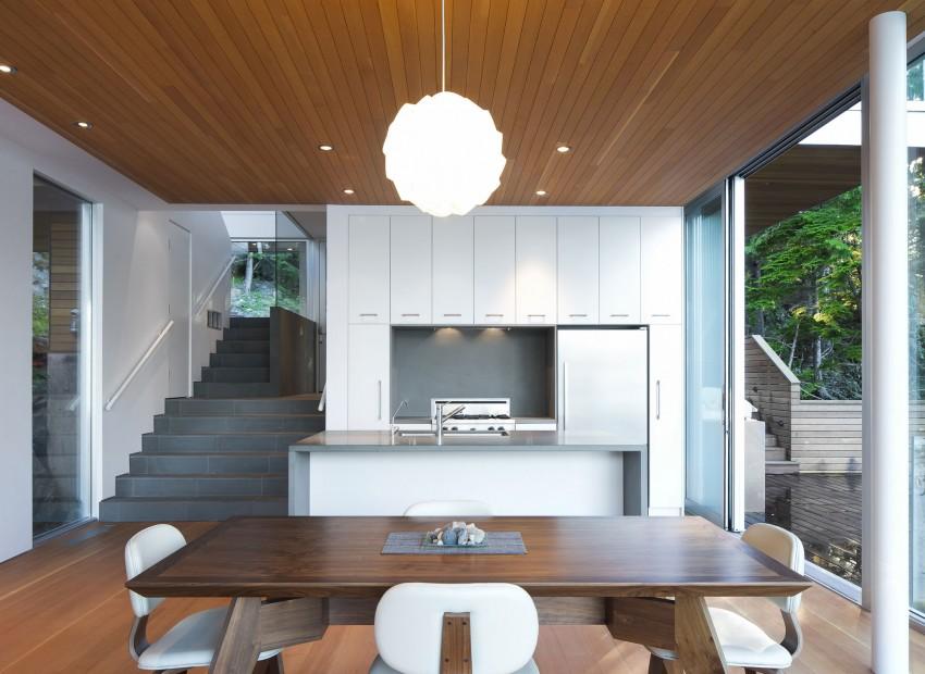 Gambier Island House by Mcfarlane Biggar Architects + Designers 04