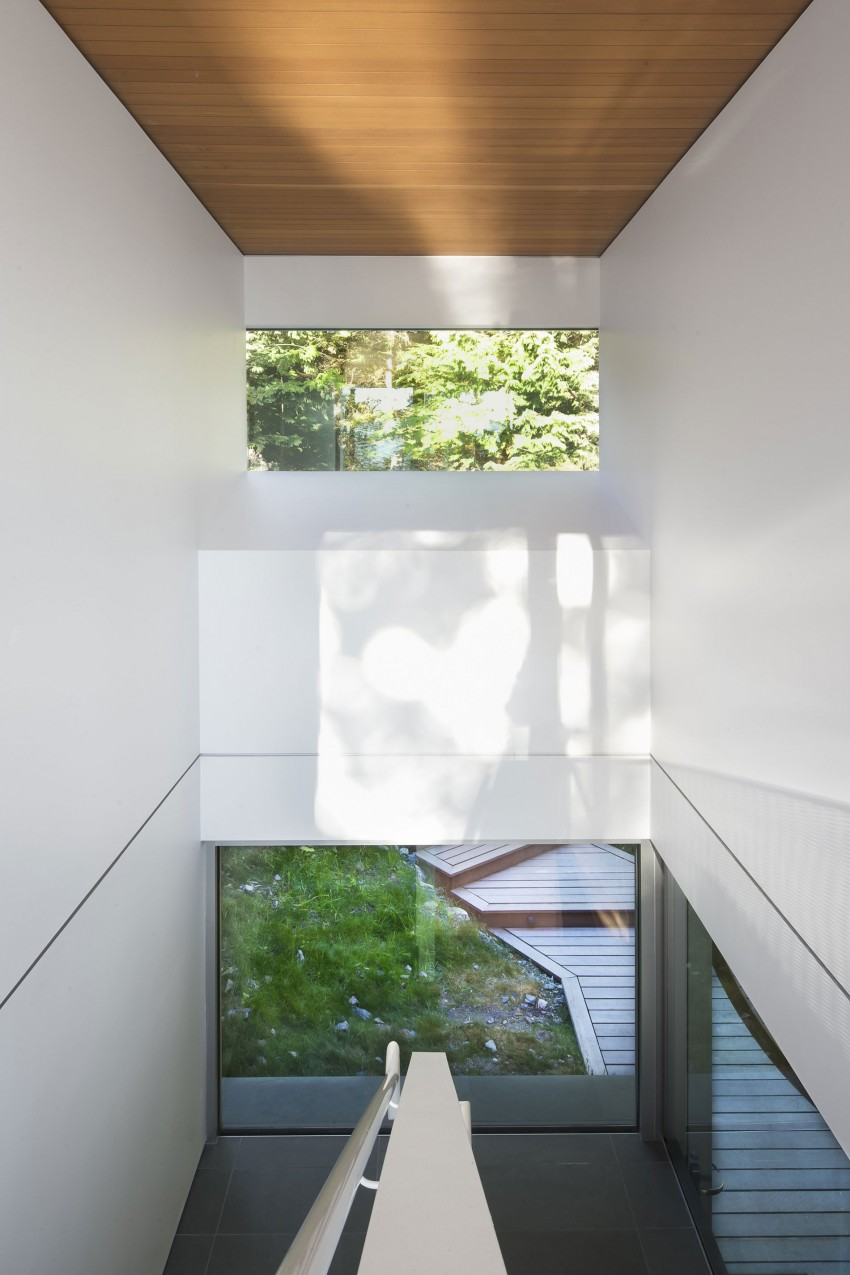 Gambier Island House by Mcfarlane Biggar Architects + Designers 05