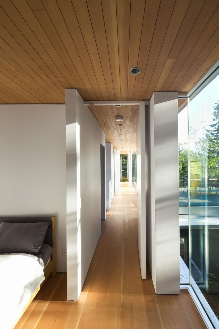 Gambier Island House by Mcfarlane Biggar Architects + Designers 06