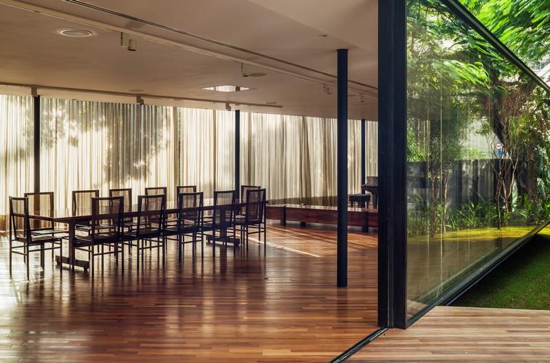 CJ House by Andrade Morettin Arquitetos Associados 04