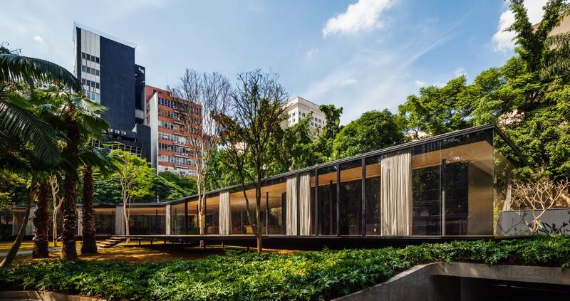 CJ House by Andrade Morettin Arquitetos Associados 10