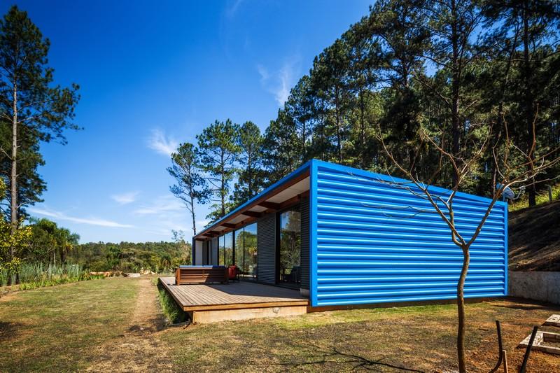OZ House by Andrade Morettin Arquitetos Associados 10