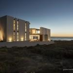 Pearl Bay Residence by Gavin Maddock Design Studio 17