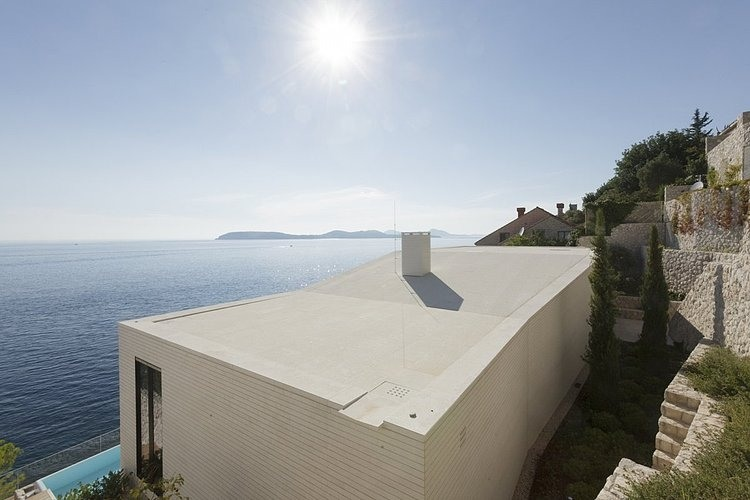 V2 House by 3LHD Architects 13