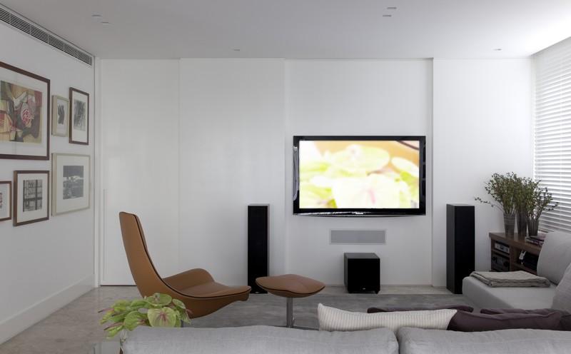 Vila Nova Apartment by Diego Revollo 15
