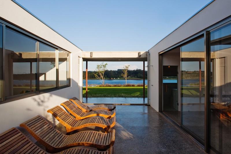 F.S. House by Andrade Morettin Arquitetos Associados 10