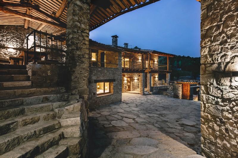 Housing Rehabilitation in La Cerdanya by Dom Arquitectura 02