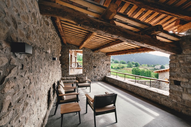 Housing Rehabilitation in La Cerdanya by Dom Arquitectura 05