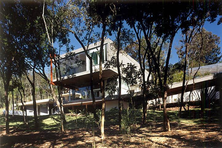 M.M. House by Andrade Morettin Arquitetos Associados 03