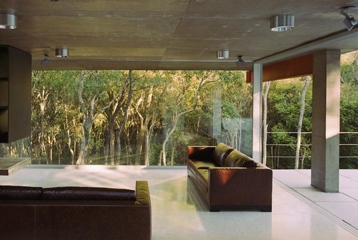 M.M. House by Andrade Morettin Arquitetos Associados 06