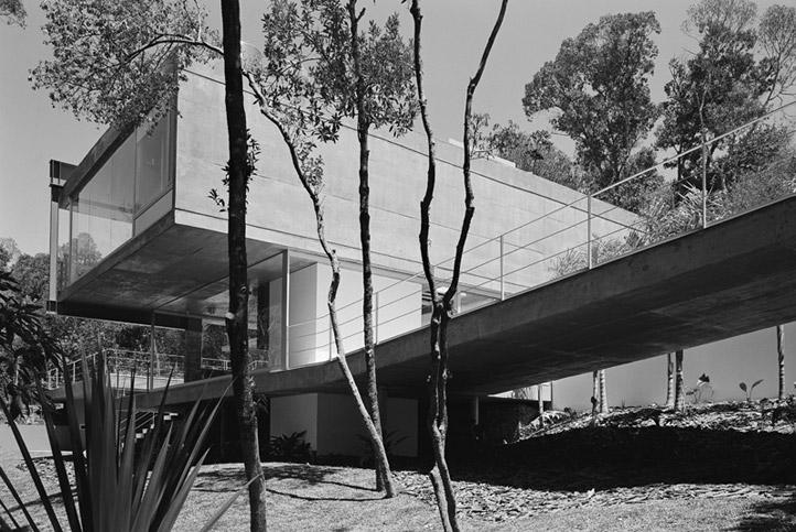 M.M. House by Andrade Morettin Arquitetos Associados 12