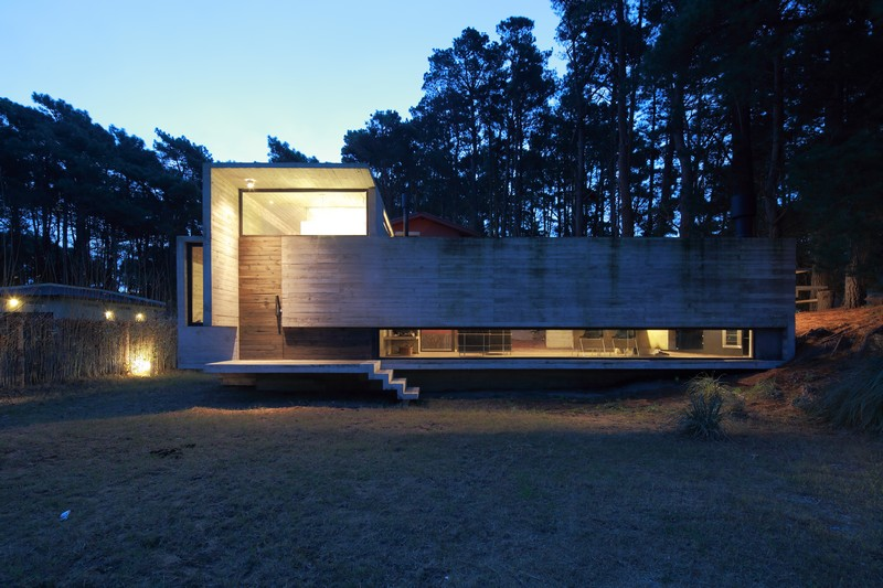 Pedroso House by María Victoria Besonías and Luciano Kruk 20