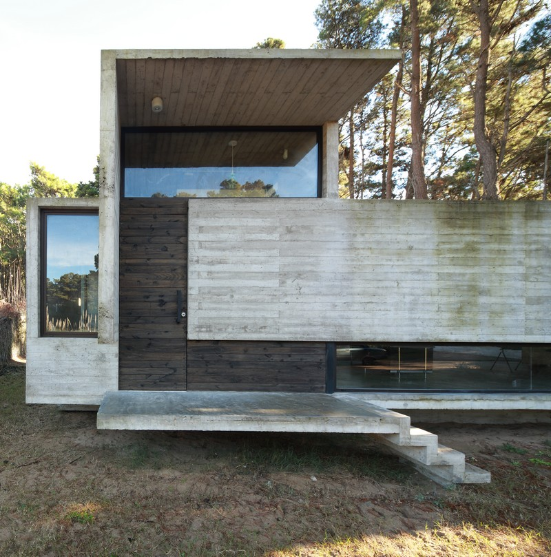 Pedroso House by María Victoria Besonías and Luciano Kruk 22