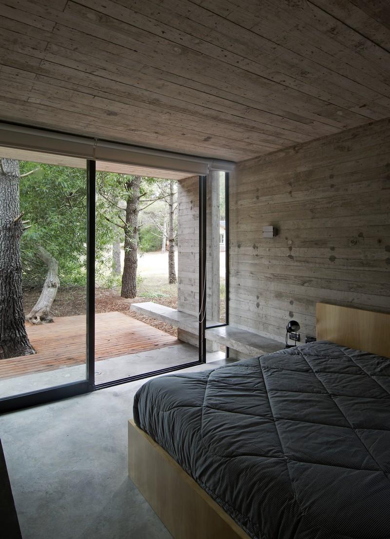 SV House by Luciano Kruk 14
