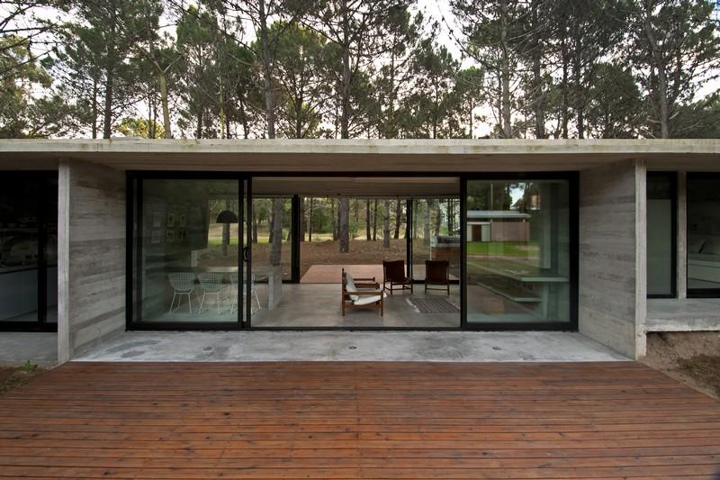 SV House by Luciano Kruk 19