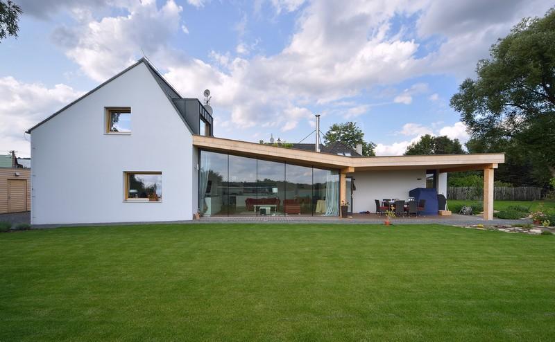 House Habrovice by 3+1architekti 11