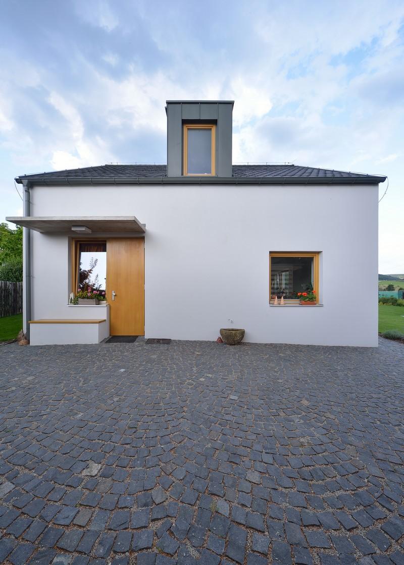House Habrovice by 3+1architekti 16