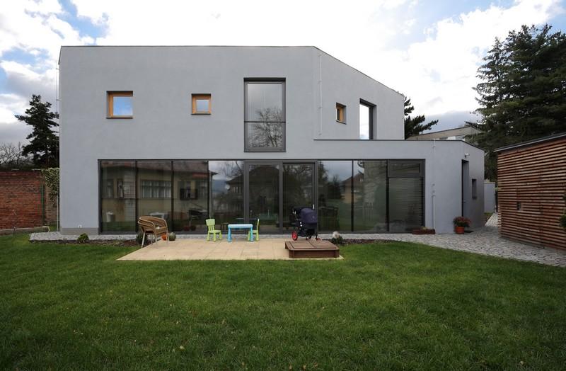 House Teplice by 3+1architekti 01