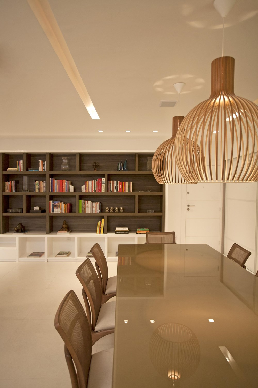 The LRF Apartment by Paula Martins Arquitetura 06