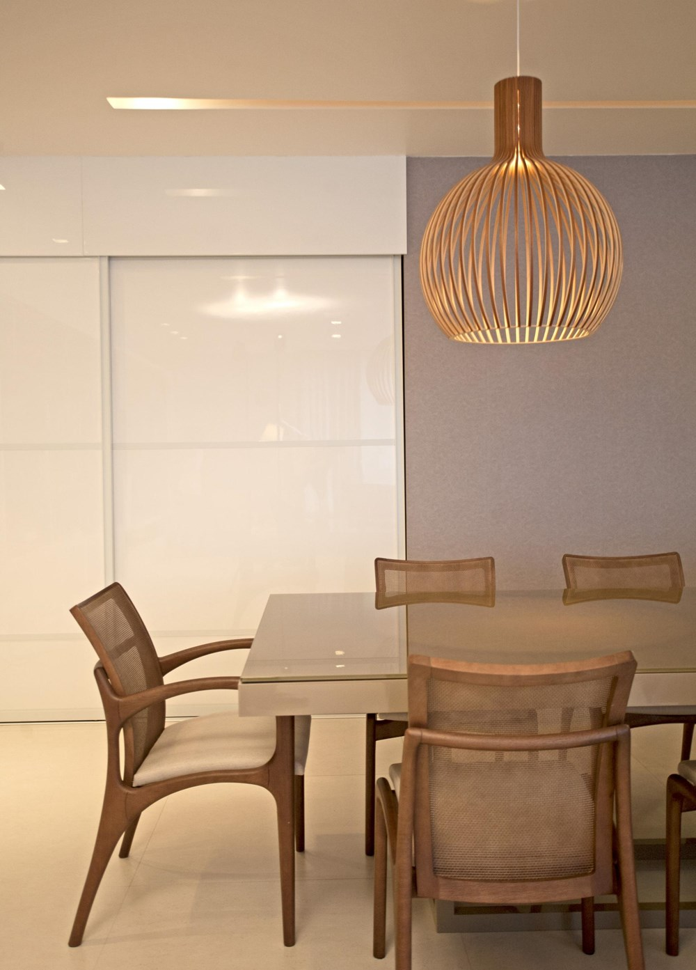 The LRF Apartment by Paula Martins Arquitetura 09