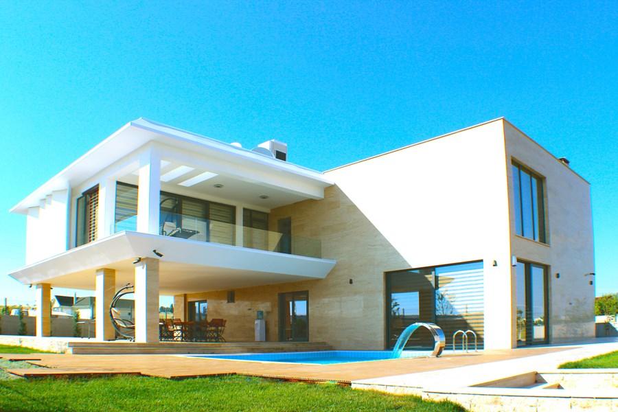 Villa De Carpe Diem by Ayzen Design Architecture 13