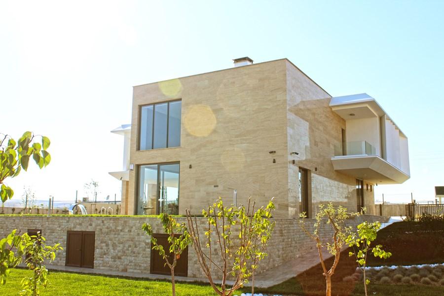 Villa De Carpe Diem by Ayzen Design Architecture 16
