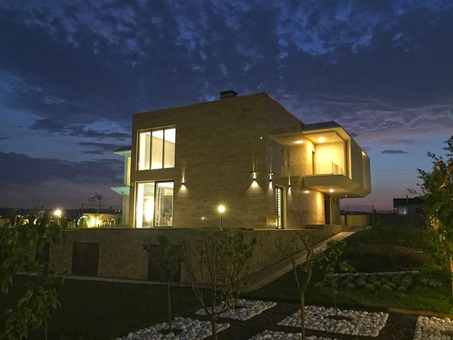Villa De Carpe Diem by Ayzen Design Architecture 17