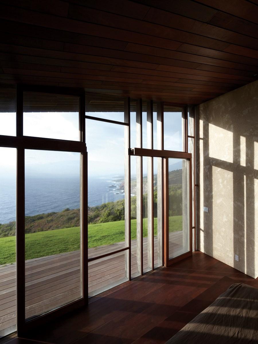 Clifftop house Maui by Dekleva Gregoric Arhitekti 11