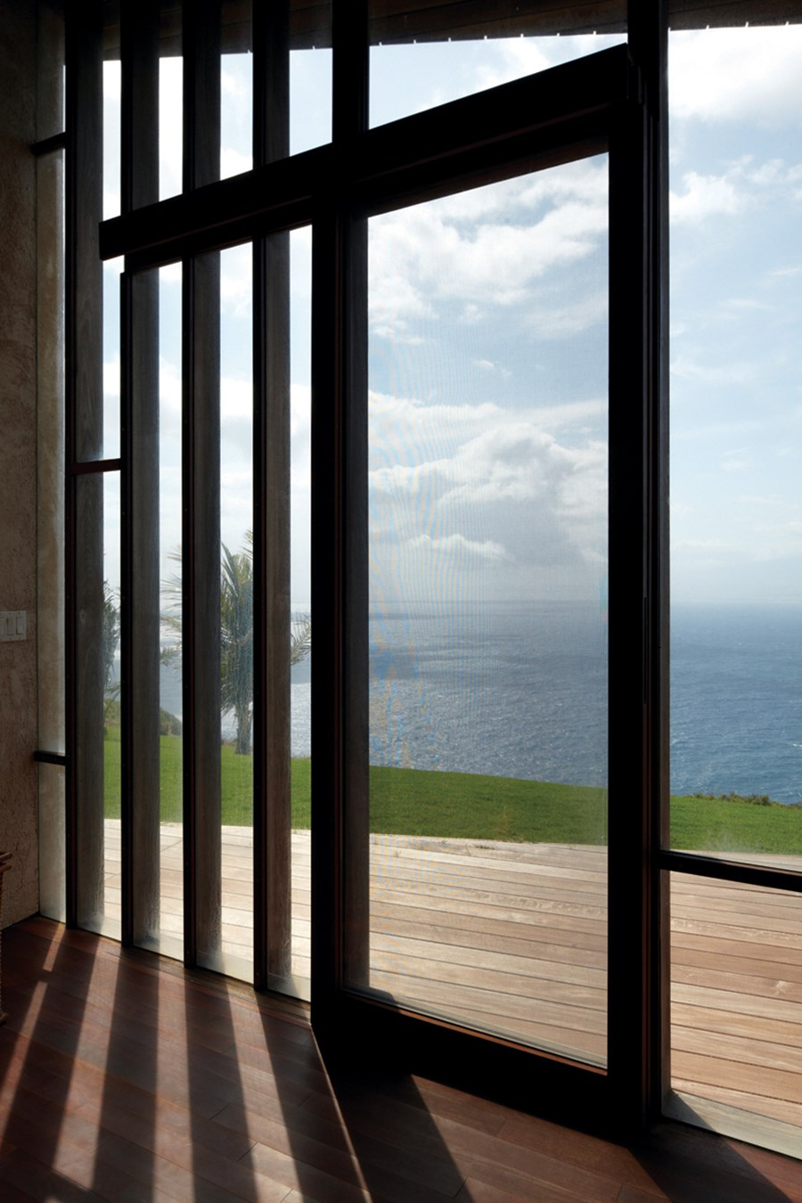 Clifftop house Maui by Dekleva Gregoric Arhitekti 12
