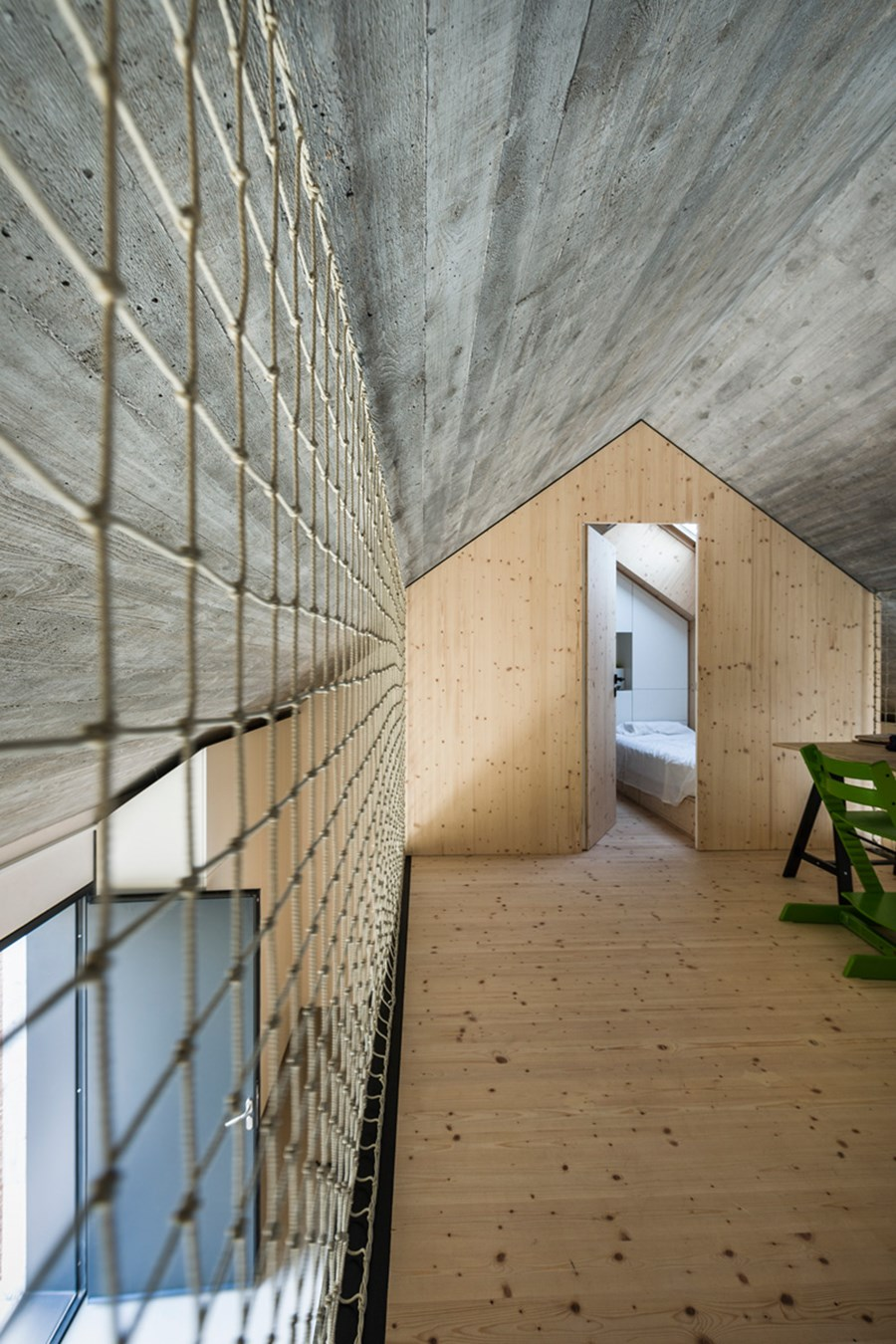 Compact Karst house by Dekleva Gregoric Arhitekti 08