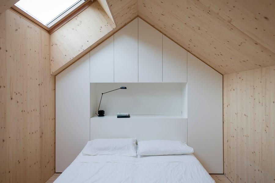 Compact Karst house by Dekleva Gregoric Arhitekti 12