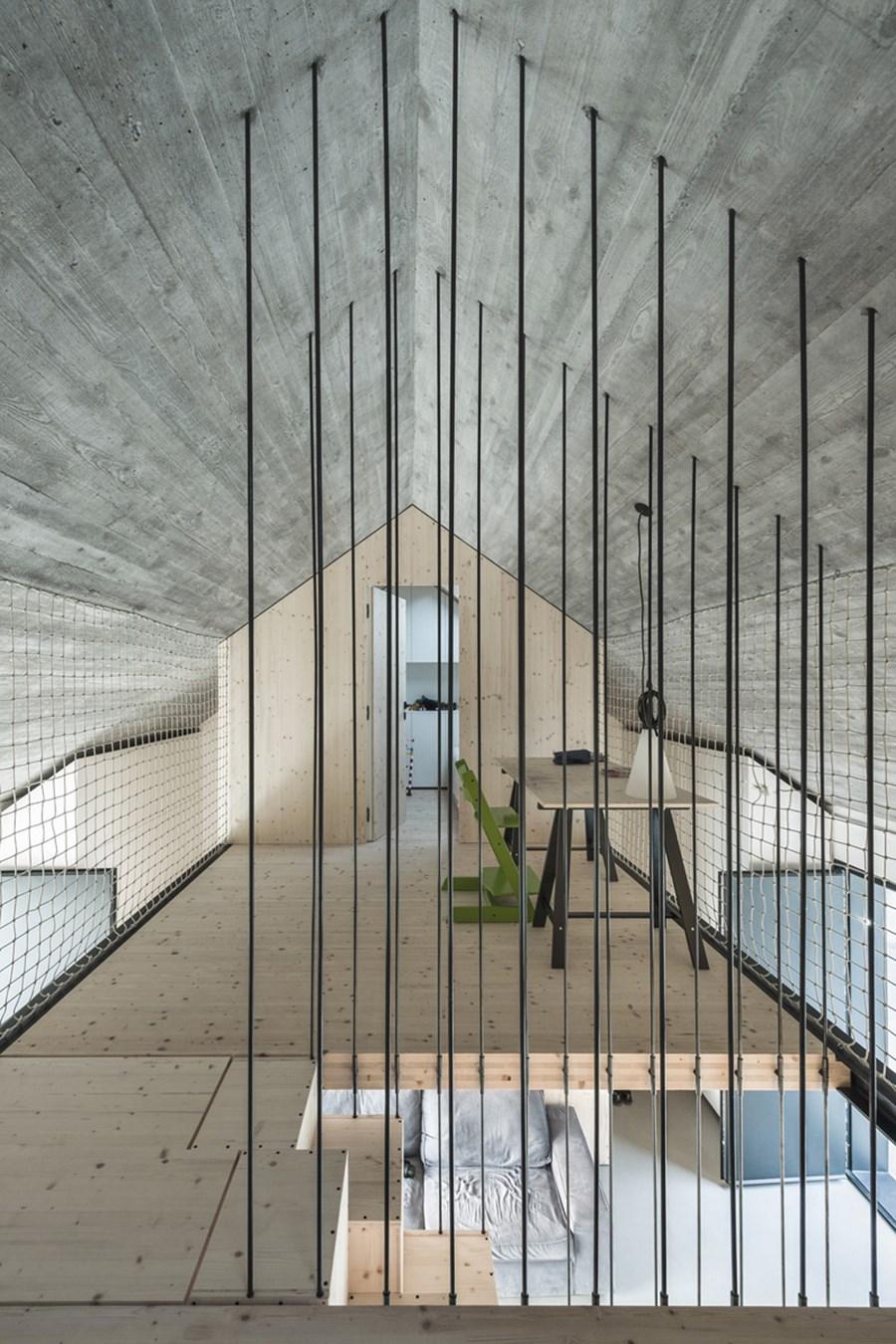 Compact Karst house by Dekleva Gregoric Arhitekti 13